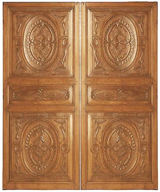 Отделка дверей деревянным массивом