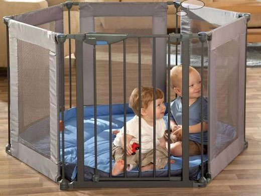 Манеж для детской комнаты